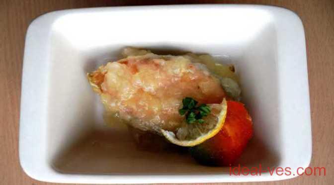 Семга под яблочно-лимонным соусом
