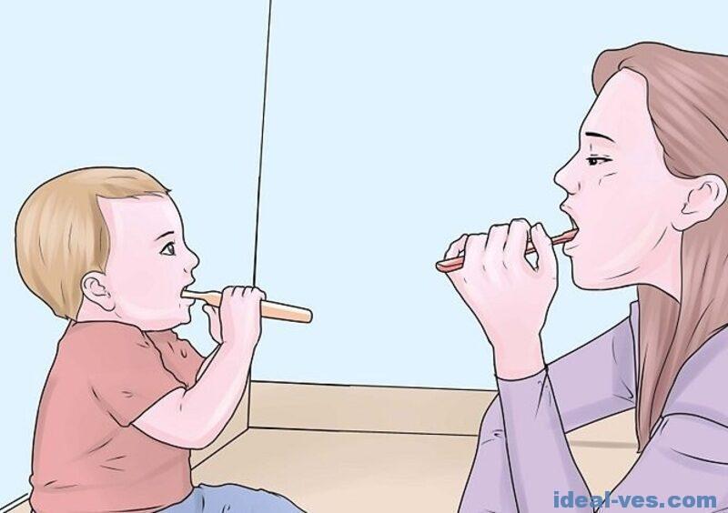 Чистить свои зубки самостоятельно