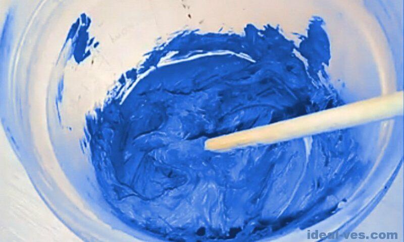 Вымешиваем слайм из пластилина и желатина