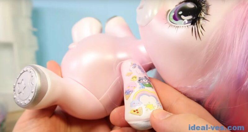 Татушки у куклы